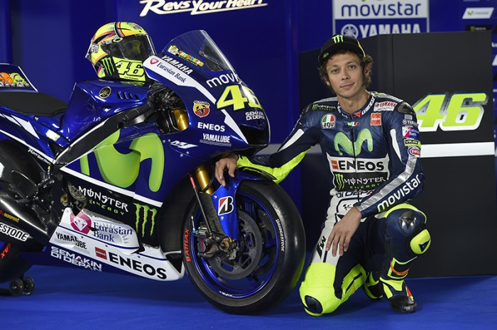 Rossi and his Yamaha YZR-M1 Assen TT
