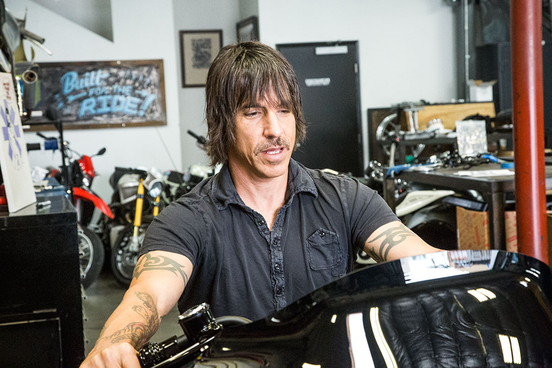 anthony-kiedis-roadglide_17